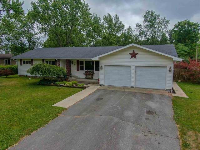 919 W Chapel Pike, Marion, IN 46952 (MLS #202026553) :: The Romanski Group - Keller Williams Realty