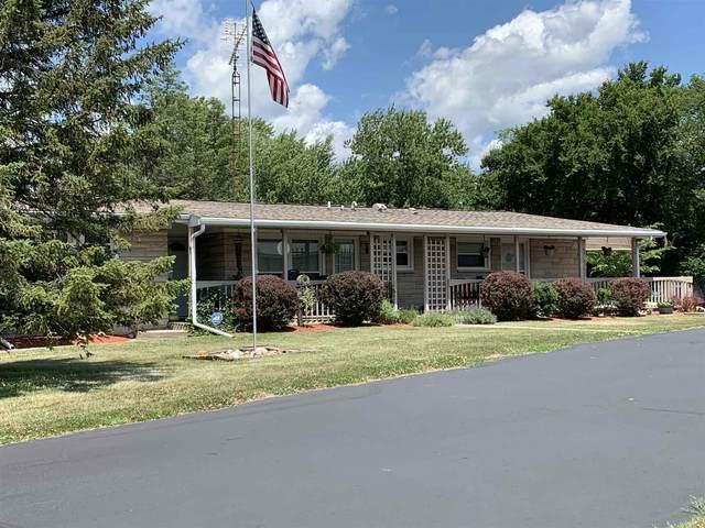 3108 N Huntington Road, Marion, IN 46952 (MLS #202026870) :: The Romanski Group - Keller Williams Realty