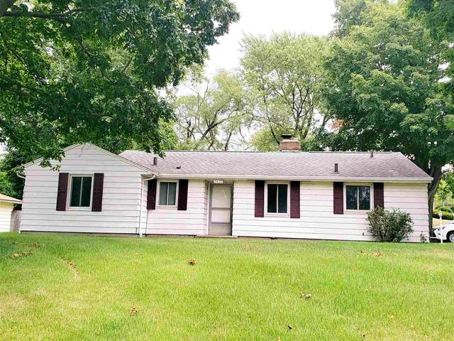 2420 York Road, South Bend, IN 46614 (MLS #202027257) :: Hoosier Heartland Team | RE/MAX Crossroads