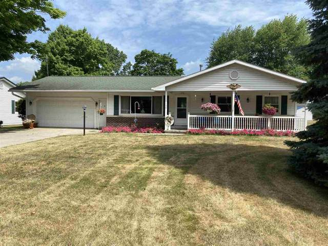 130 E Davis Street, Shipshewana, IN 46565 (MLS #202028384) :: Hoosier Heartland Team | RE/MAX Crossroads