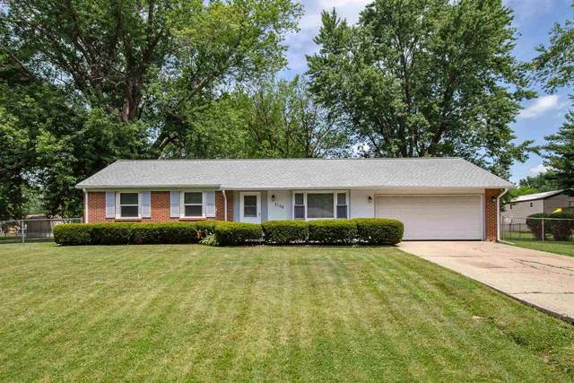 3108 Oxford Drive, Kokomo, IN 46902 (MLS #202028491) :: The Romanski Group - Keller Williams Realty