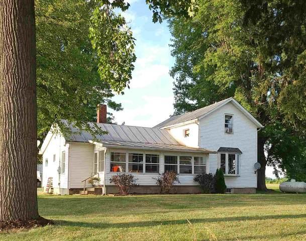 2558 W Us 6 Highway, Wawaka, IN 46794 (MLS #202030128) :: The ORR Home Selling Team