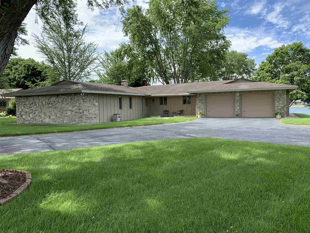 615 Lakeview Drive, Logansport, IN 46947 (MLS #202030221) :: The Carole King Team