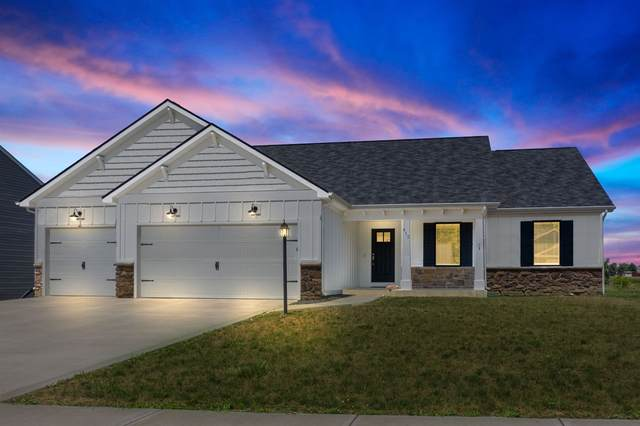 412 Cranberry Run, Avilla, IN 46710 (MLS #202030258) :: Hoosier Heartland Team | RE/MAX Crossroads