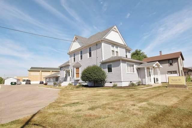 142 S Main Street, Avilla, IN 46710 (MLS #202030476) :: The ORR Home Selling Team