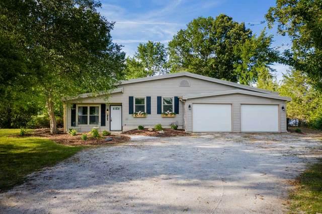 6641 Saint Joe Center Road, Fort Wayne, IN 46835 (MLS #202030772) :: The ORR Home Selling Team