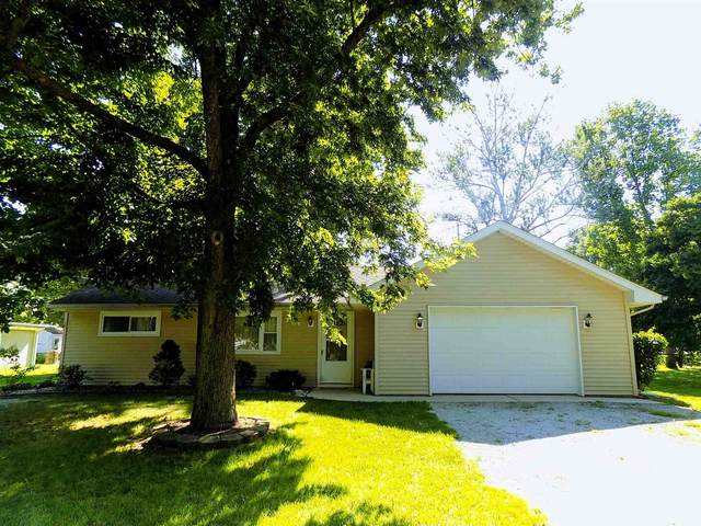 236 E Wickersham Drive, Kokomo, IN 46901 (MLS #202030946) :: The Carole King Team