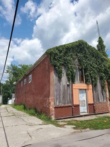 260 E Commerce Street, Macy, IN 46951 (MLS #202031006) :: The Carole King Team