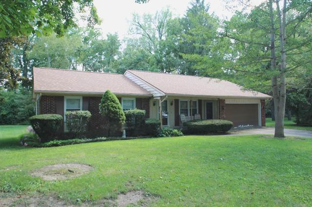 509 Crown Hill E Drive, Wabash, IN 46992 (MLS #202032015) :: The Carole King Team