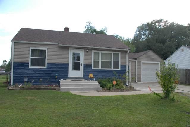 3806 Belle Vista Circle, South Bend, IN 46619 (MLS #202032133) :: Hoosier Heartland Team | RE/MAX Crossroads