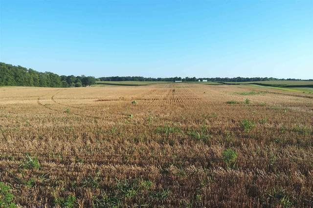 ** E State Road 14, Silver Lake, IN 46982 (MLS #202032245) :: Parker Team