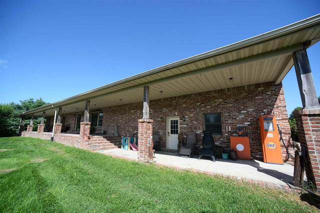 3297 N Philips Street, Kokomo, IN 46901 (MLS #202033137) :: The Romanski Group - Keller Williams Realty