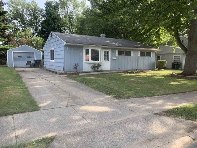 1160 Lakewood Drive, South Bend, IN 46614 (MLS #202035029) :: Aimee Ness Realty Group