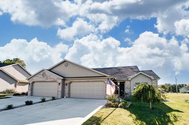 570 Deerfield Path, Warsaw, IN 46582 (MLS #202035038) :: TEAM Tamara