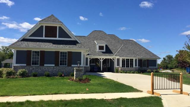 16561 Chilton Cove Corner, Huntertown, IN 46748 (MLS #202035104) :: Aimee Ness Realty Group
