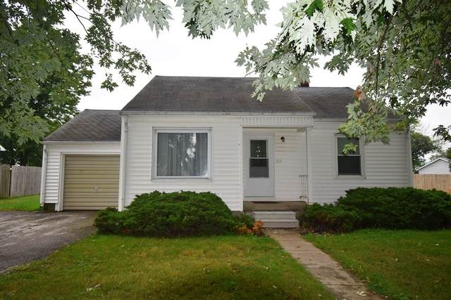 305 Ohio Street, Michigantown, IN 46057 (MLS #202035160) :: The Romanski Group - Keller Williams Realty