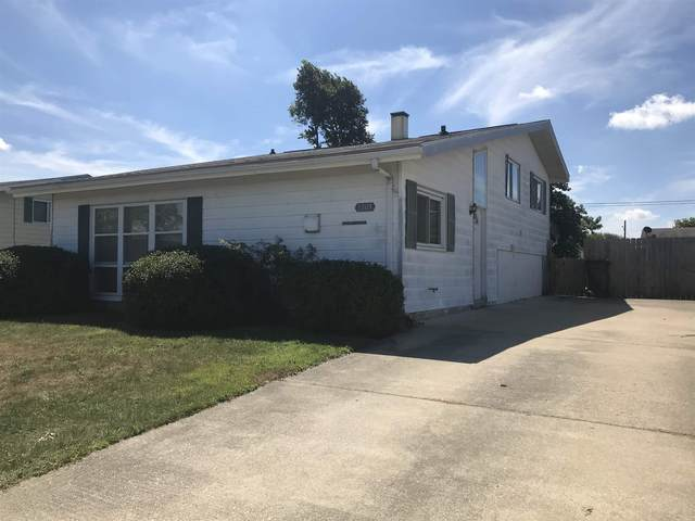 3309 N Lincoln Street, Peru, IN 46970 (MLS #202035449) :: The Romanski Group - Keller Williams Realty