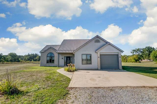6744 County Rd 32 Road, Butler, IN 46721 (MLS #202035575) :: Anthony REALTORS