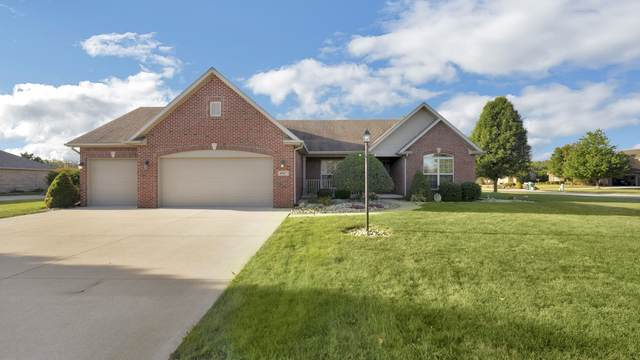 8067 Circling Hawk Drive, Russiaville, IN 46979 (MLS #202035902) :: Anthony REALTORS
