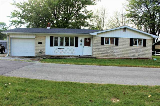 3092 N Hummingbird Drive, Monticello, IN 47960 (MLS #202036271) :: The Romanski Group - Keller Williams Realty