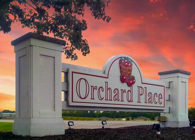 2011 Winesap Way, Kendallville, IN 46755 (MLS #202036443) :: Hoosier Heartland Team   RE/MAX Crossroads