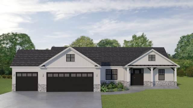 11327 Carson City Drive, Osceola, IN 46561 (MLS #202036456) :: Anthony REALTORS