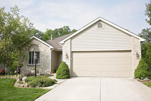 4056 Woodfield Run, New Haven, IN 46774 (MLS #202036837) :: Anthony REALTORS