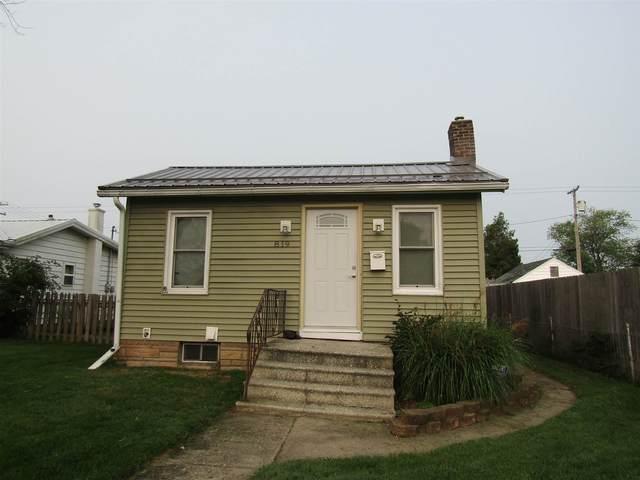 819 Burdette Street, Mishawaka, IN 46544 (MLS #202037033) :: Anthony REALTORS