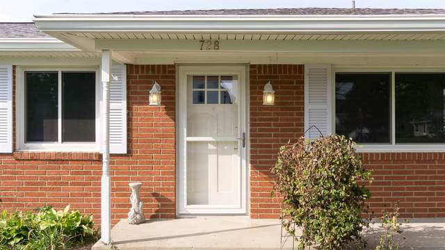 728 Main Street, Dayton, IN 47941 (MLS #202037043) :: The Romanski Group - Keller Williams Realty