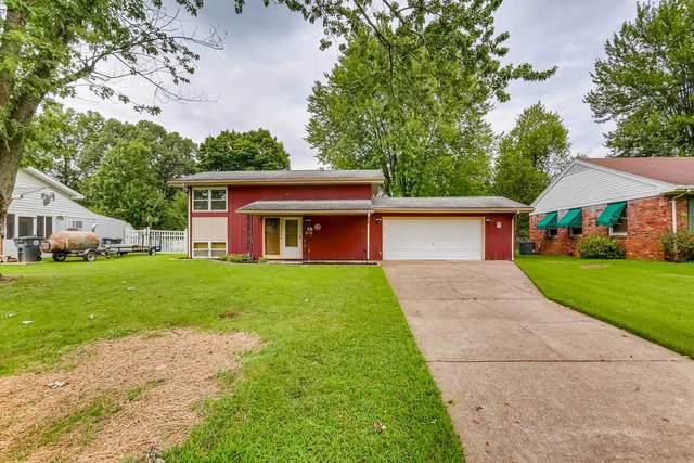 1704 Crystal Court, Evansville, IN 47714 (MLS #202037093) :: The Natasha Hernandez Team
