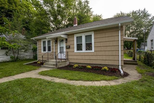 1014 S 32nd Street, South Bend, IN 46615 (MLS #202037129) :: Anthony REALTORS