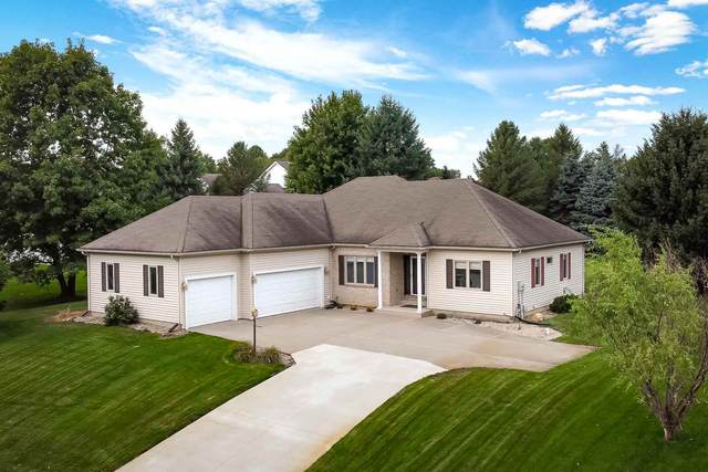 26031 Westwood Hills Drive, South Bend, IN 46628 (MLS #202037285) :: Anthony REALTORS