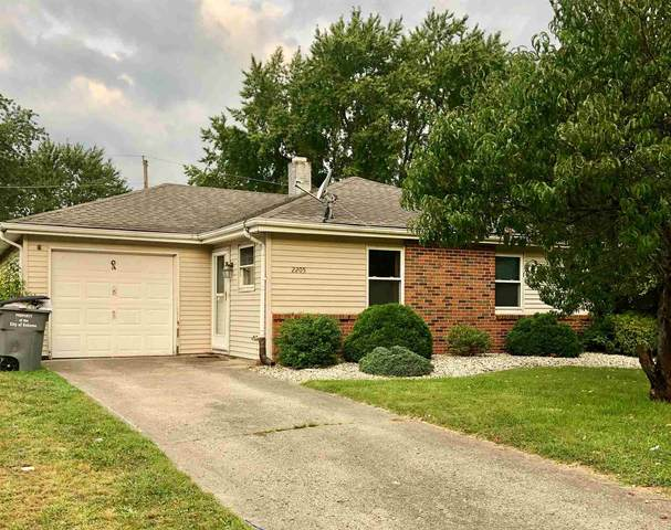 2205 Anjou Court, Kokomo, IN 46902 (MLS #202037462) :: The Romanski Group - Keller Williams Realty