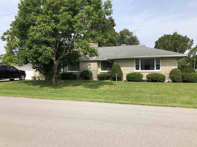 105 E South Street, Boswell, IN 47921 (MLS #202037511) :: The Carole King Team