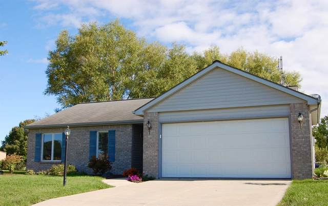 16633 Juniper Pass, Harlan, IN 46743 (MLS #202037933) :: TEAM Tamara