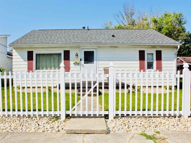 2521 N Bell Street, Kokomo, IN 46901 (MLS #202038755) :: The Carole King Team