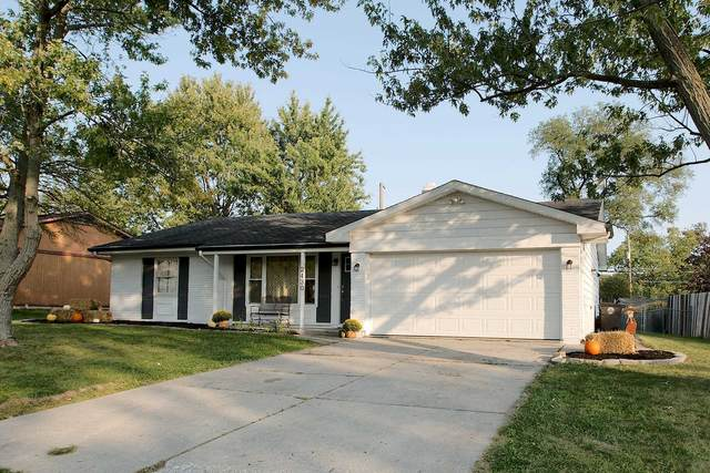 2430 Corby Drive, Fort Wayne, IN 46815 (MLS #202038937) :: Hoosier Heartland Team | RE/MAX Crossroads