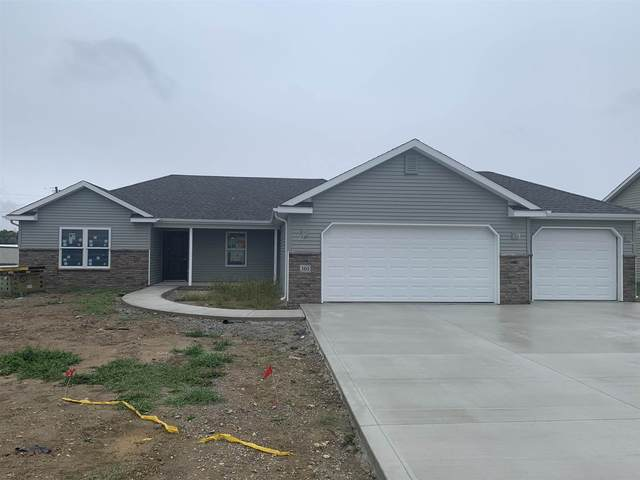 301 W Orchid Court, Columbia City, IN 46725 (MLS #202039216) :: Hoosier Heartland Team | RE/MAX Crossroads