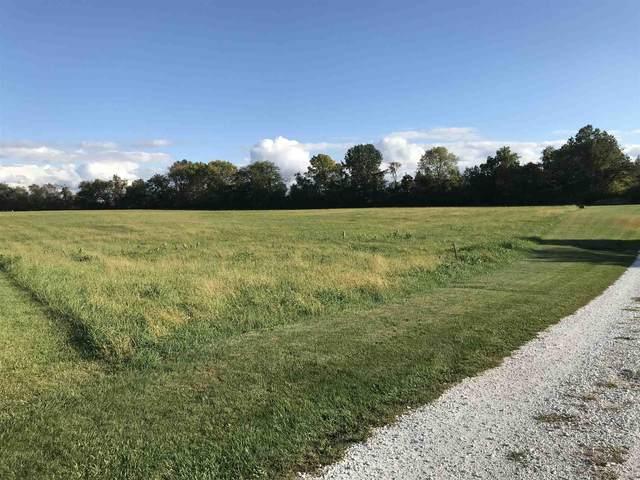 9031 Lantern Lane, Lafayette, IN 47909 (MLS #202039402) :: The Romanski Group - Keller Williams Realty