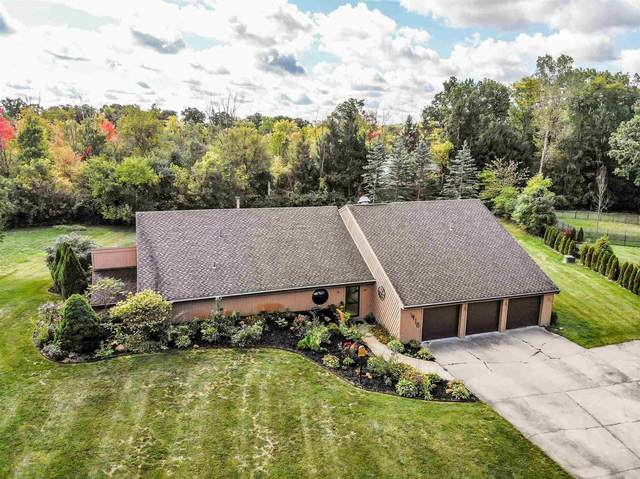 418 Fallen Timbers Trail, Fort Wayne, IN 46825 (MLS #202039589) :: Hoosier Heartland Team | RE/MAX Crossroads