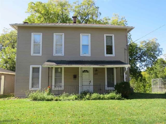 311 Posey Hill Street, Roanoke, IN 46783 (MLS #202039632) :: TEAM Tamara