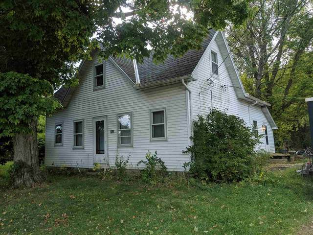 402 S Jefferson Street, Silver Lake, IN 46982 (MLS #202040236) :: TEAM Tamara