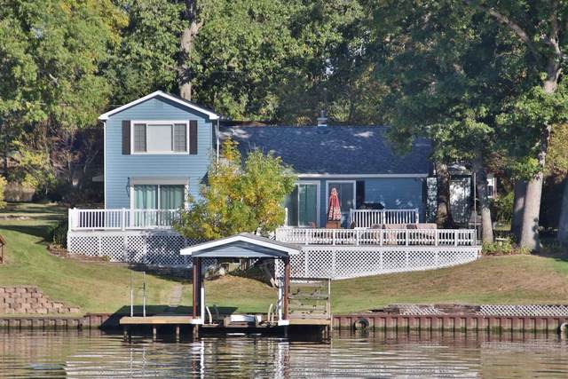 5450 E Quiet Water Court, Monticello, IN 47960 (MLS #202040440) :: The Carole King Team