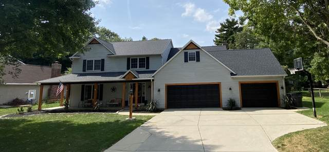 50631 Deer Ridge Drive, Granger, IN 46530 (MLS #202040521) :: The Carole King Team