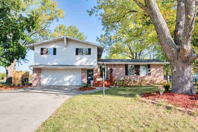 6305 Midfield Drive, Fort Wayne, IN 46815 (MLS #202040797) :: Hoosier Heartland Team | RE/MAX Crossroads