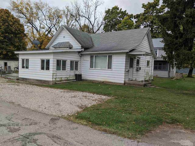 720 E Franklin Street, Hartford City, IN 47348 (MLS #202041434) :: The Romanski Group - Keller Williams Realty