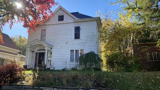 31 E Maple Street, Wabash, IN 46992 (MLS #202041472) :: The Romanski Group - Keller Williams Realty
