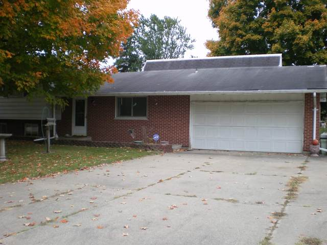 23530 Greenwood Blvd Boulevard, Elkhart, IN 46516 (MLS #202041524) :: Anthony REALTORS