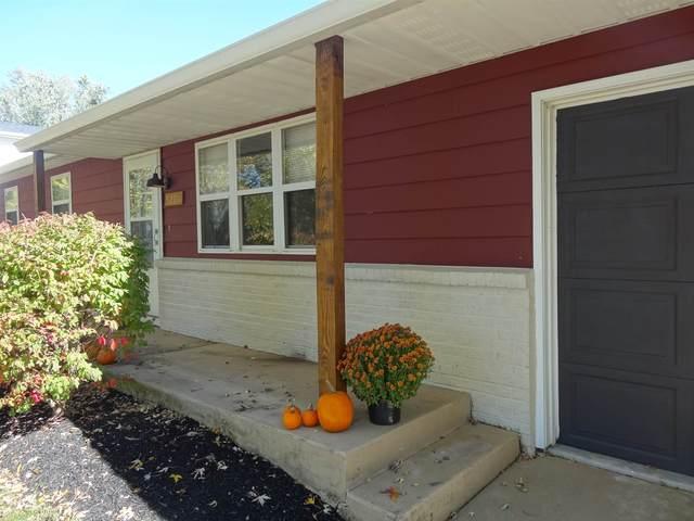 3200 S Walnut Street, Yorktown, IN 47396 (MLS #202041602) :: The ORR Home Selling Team
