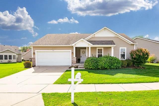 5825 Cottage Circle, Granger, IN 46530 (MLS #202042099) :: Hoosier Heartland Team | RE/MAX Crossroads